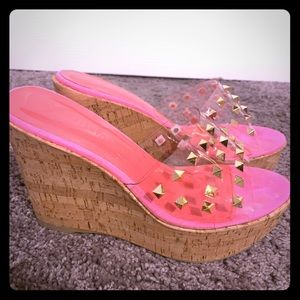 Wild diva lounge wedges ! Size 61/2